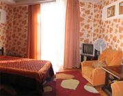 1 квартира возле Октябрьской площади в аренду посуточно. Wi-Fi,  Центр.