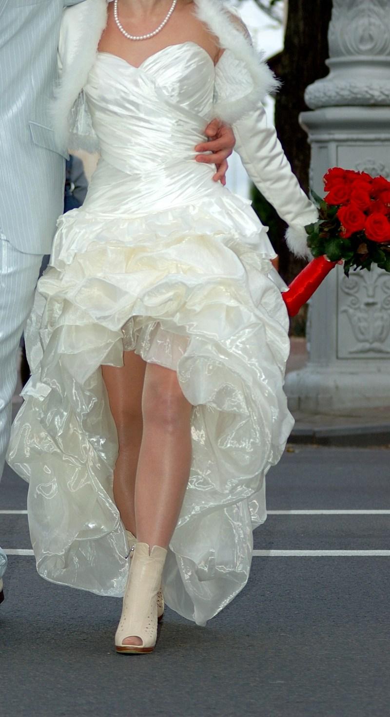 Фото свадебных платьев короткие спереди длинные сзади