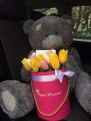 Тюльпаны в коробке от Royal Present