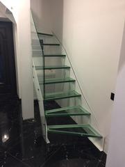 Надежные и красивые лестницы из стекла и металла на заказ. Гарантия. Звоните