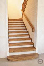 Облицовка бетонной лестницы под ключ с покраской и монтажом