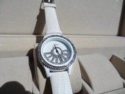 Наручные часы: Dior Women White