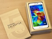 Недорого Samsung Galaxy S5 (16Gb) white новый