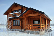 Деревянный дом из профилированного бруса,  клееного бруса