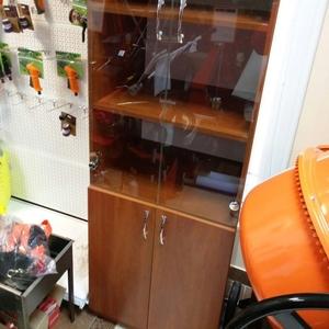 Продам шкафы офисные