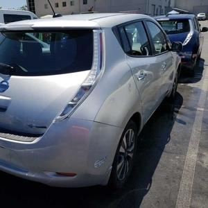 Nissan Leaf SV,  2017,  серый
