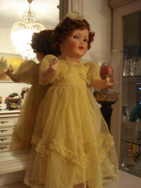 Антикварная  кукла 1940 года 2