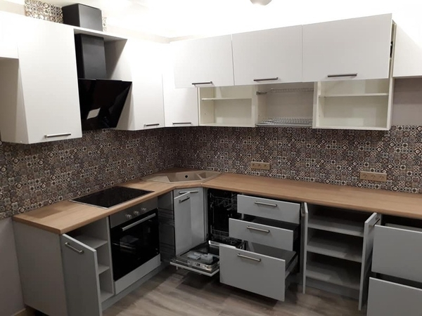 Кухня под индивидуальный заказ в Минске 3