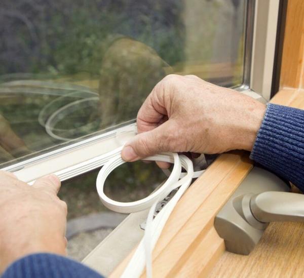 Замену фунрнитуры и уплотнителей на окнах ПВХ 2