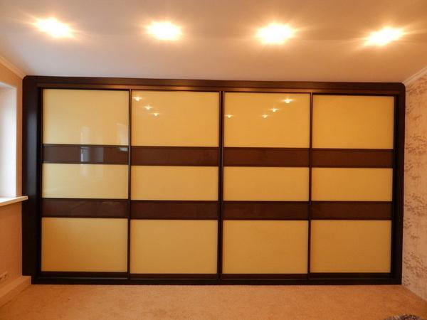 Шкаф-купе изготовим с комбинированными дверями под заказ 4