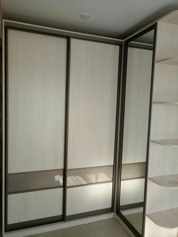 Мебель под заказ: распашные шкафы и шкафы-купе 19