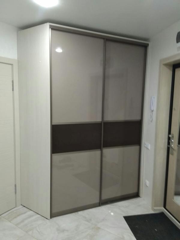 Мебель под заказ: распашные шкафы и шкафы-купе 24