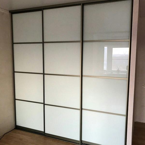 Мебель под заказ: распашные шкафы и шкафы-купе 28
