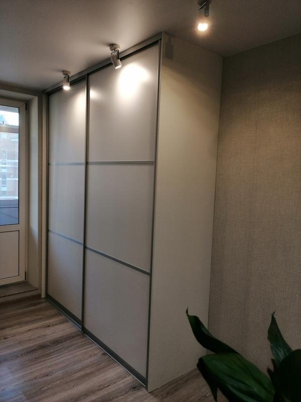 Мебель под заказ: распашные шкафы и шкафы-купе 30