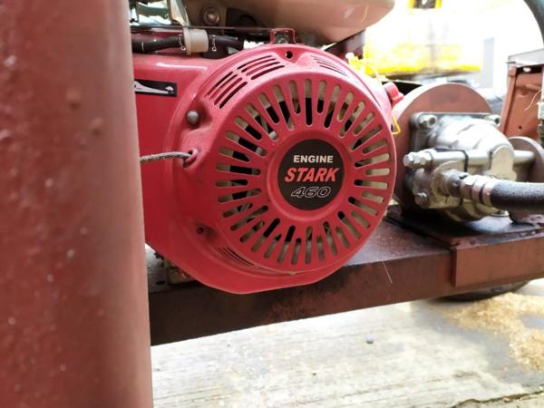 Дровокол Двигатель -Хонда,  размер бревна 50см. 2