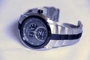 Срочно продам наручные часы