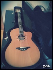 Продам гитару ДЕШЕВО : Manuel Rodriguez Caballero 10 Cutaway
